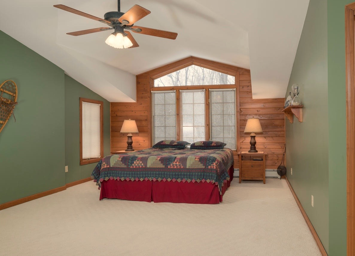 8374 Bleistein Rd Colden NY-large-014-7-Master Bedroom-1498x1000-72dpi