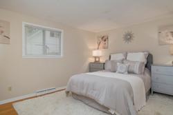 286 Parkdale Ave East Aurora-print-008-9-Master Bedroom-3000x2004-300dpi