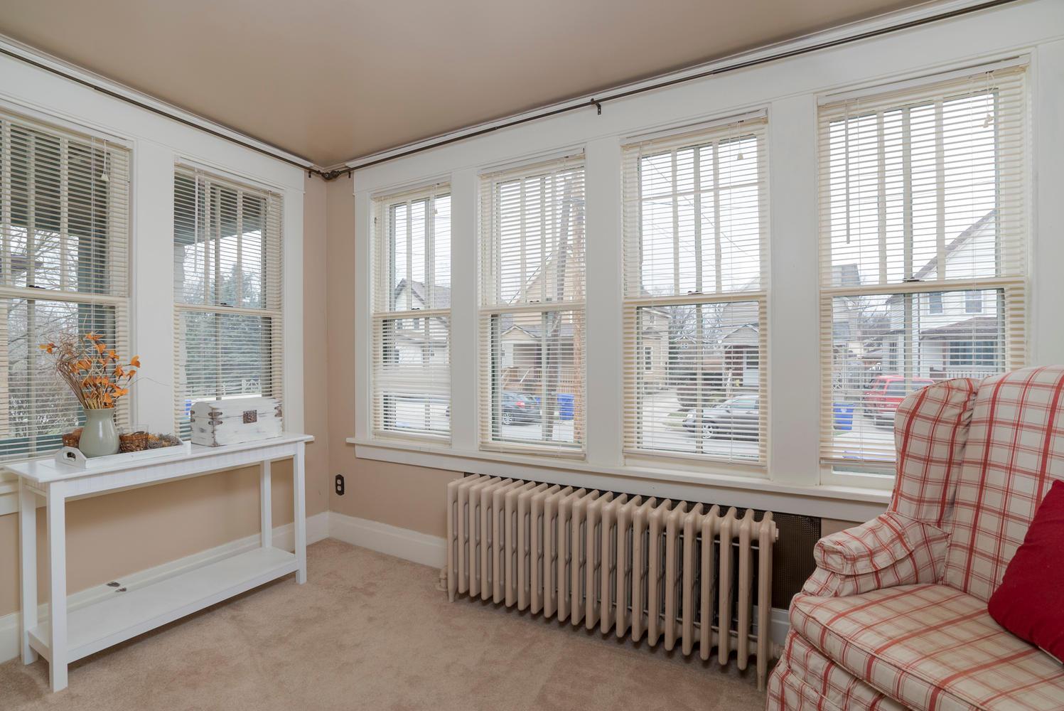 55 Benson Ave Buffalo NY 14224-large-003-3-Sun Room-1498x1000-72dpi