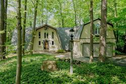 1000 Quaker Rd Orchard Park NY-large-001-21-Exterior  Front-1498x1000-72dpi