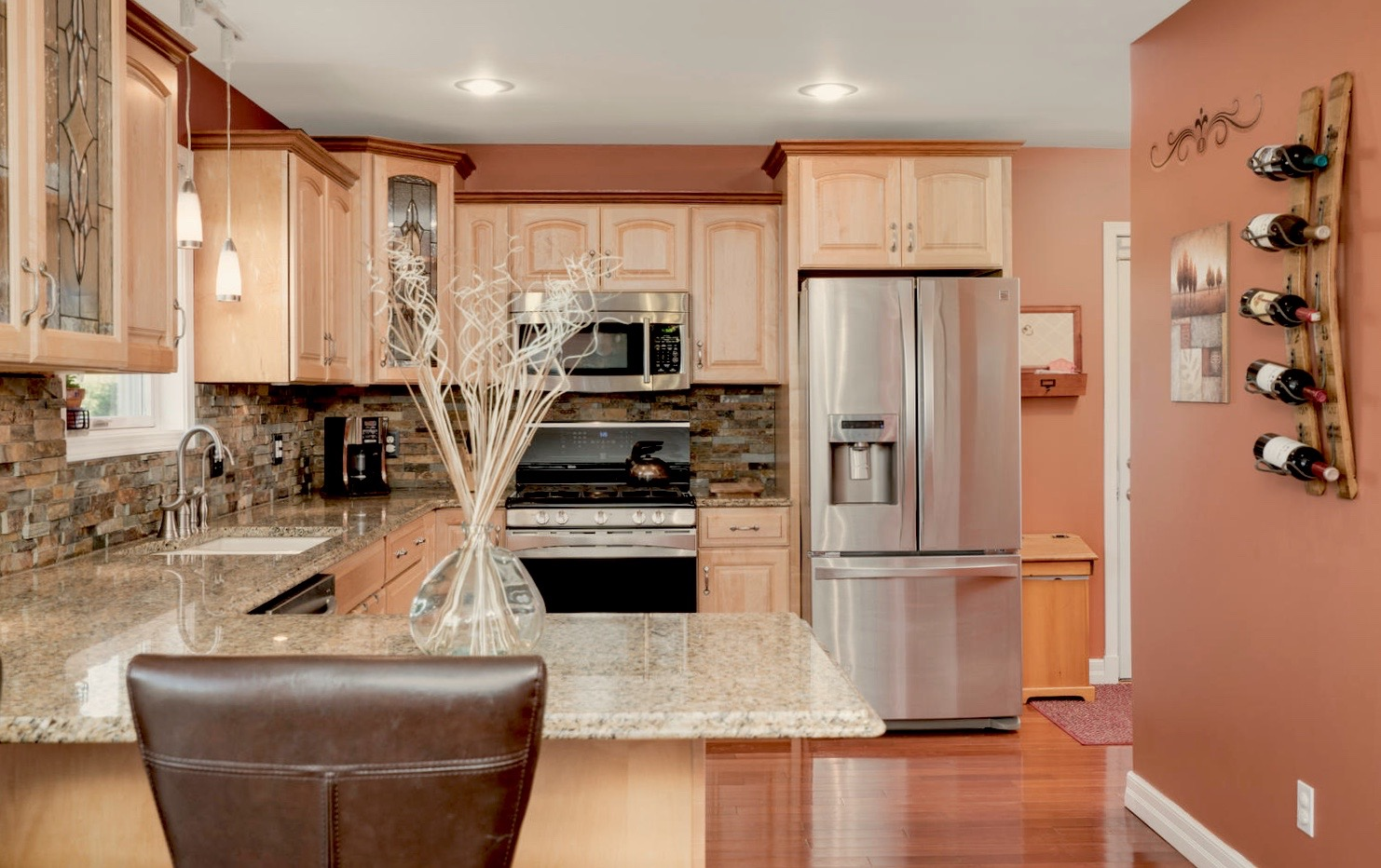 7289 Center St Holland NY-large-006-12-Kitchen-1498x1000-72dpi