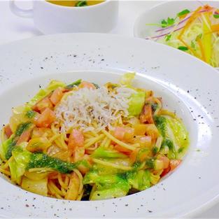 キャベツとシラスのトマトジェノベーゼ