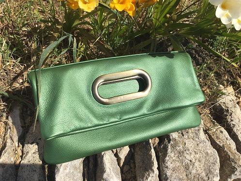 Modèle Joséphine cuir vert anse métal laiton