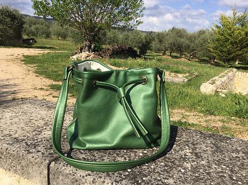 Modèle Matilda piccolo cuir vert irisé