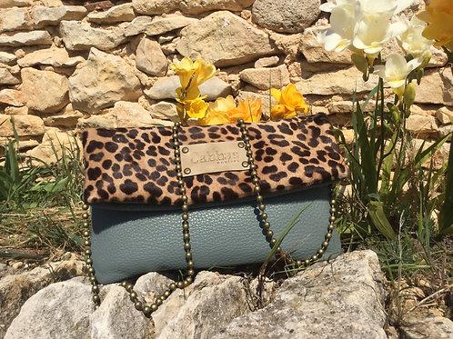 Modèle Joséphine cuir bleu et peau léopard
