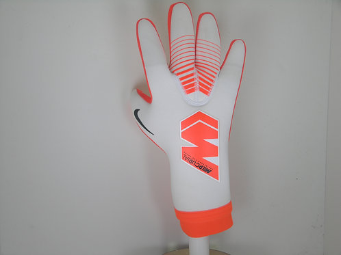 Nike GK Mercurial Touch Victory Glove