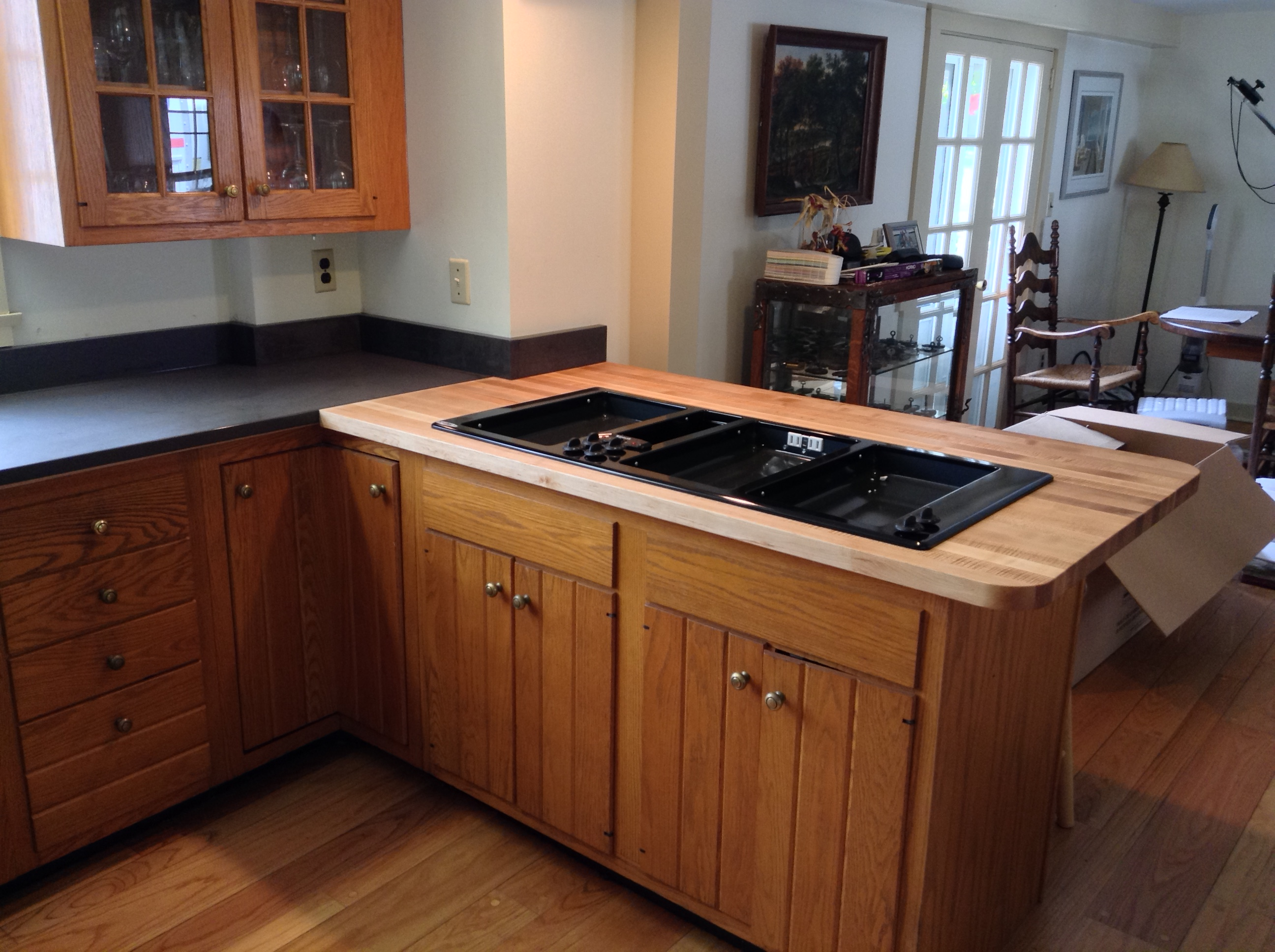 island look floor cabinet black interior for white grey awesome with wood offers on countertops countertop granite kitchen your looks wooden decoration brown over and contemporary