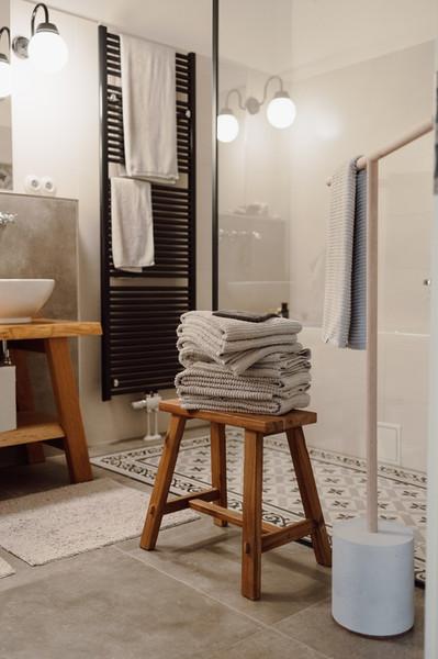 Im Bad für das Handtuch?