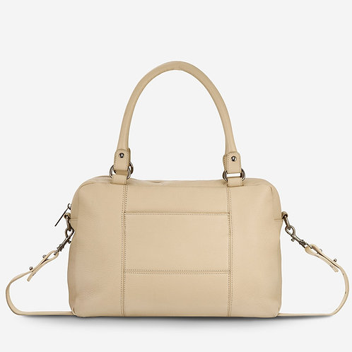 Cream War With Obvious Bag