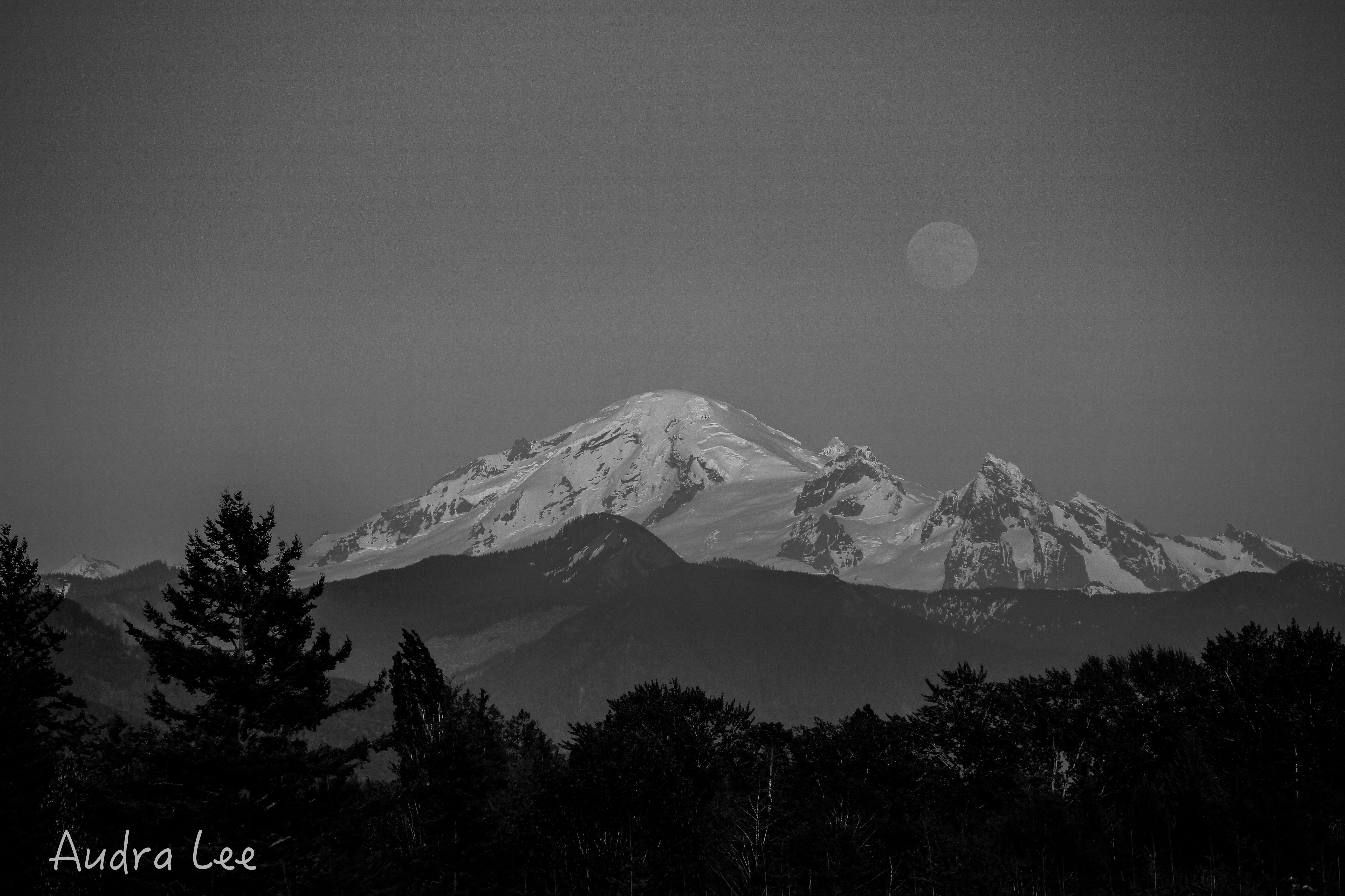 Full Moon over Baker