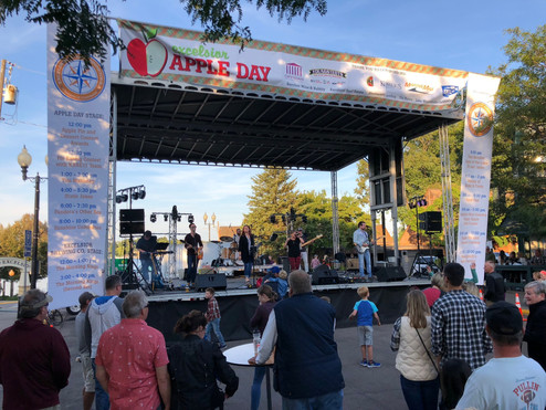 Apple Day in Excelsior