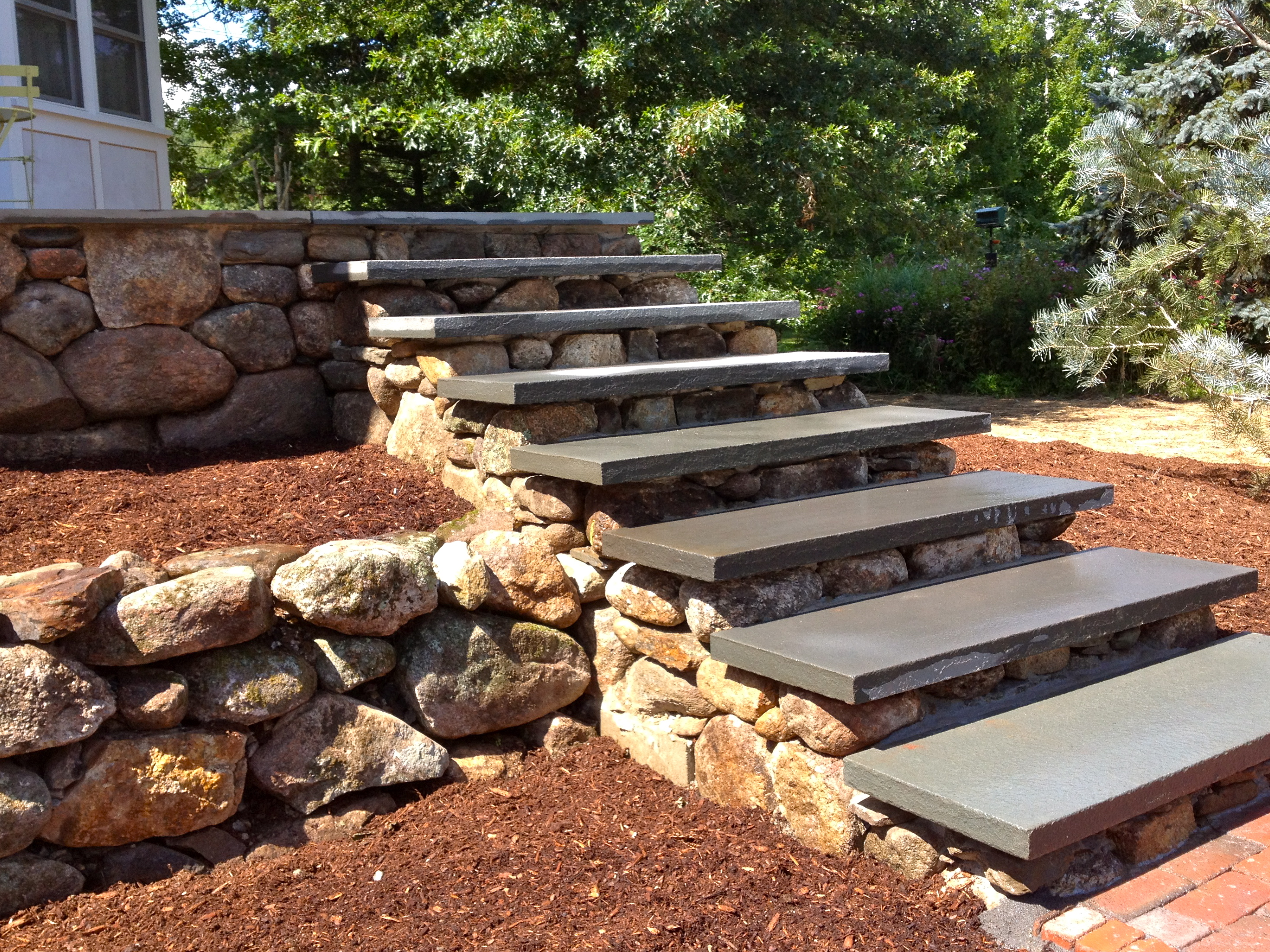 Bluestone Steps, Fieldstone Risers