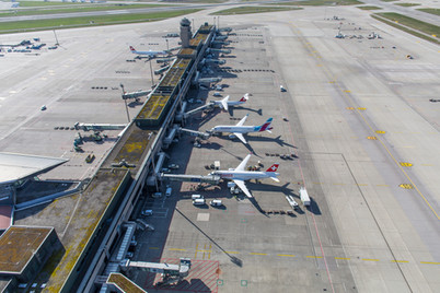 Drohnenaufnahme Flughafen Zürich
