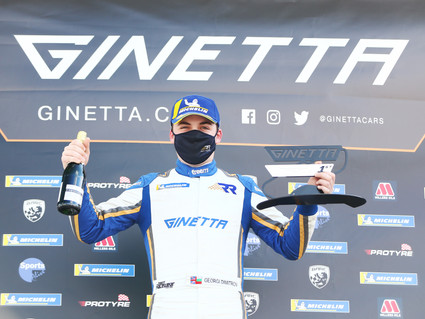 Double delight for Richardson Racing in Ginetta Junior Championship opener
