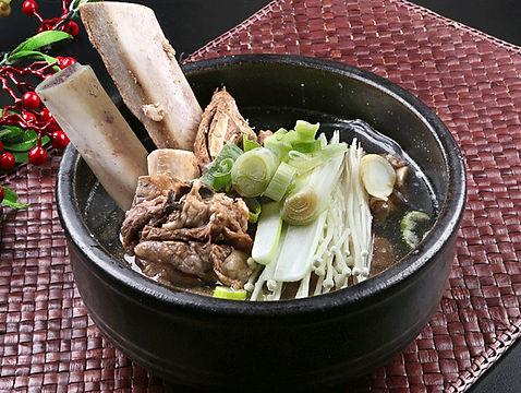 점심메뉴-왕갈비탕.jpg