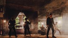 """Musikvideoproduktion in Berlin: Ein Blick hinter die Kulissen des Musikvideodrehs """"Flames"""" für die B"""