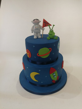 2 Tier Astronaut Cake