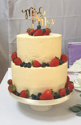 2 Tier Buttercream & Fruit