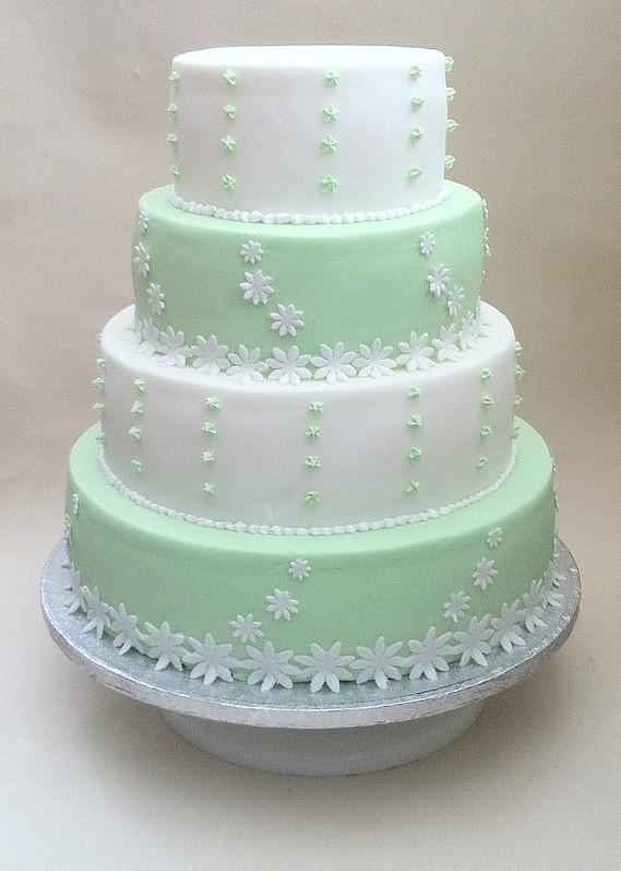 Land Rover Wedding Cakes