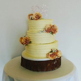 Buttercream & Roses