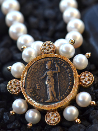 Athena Pearl Necklace