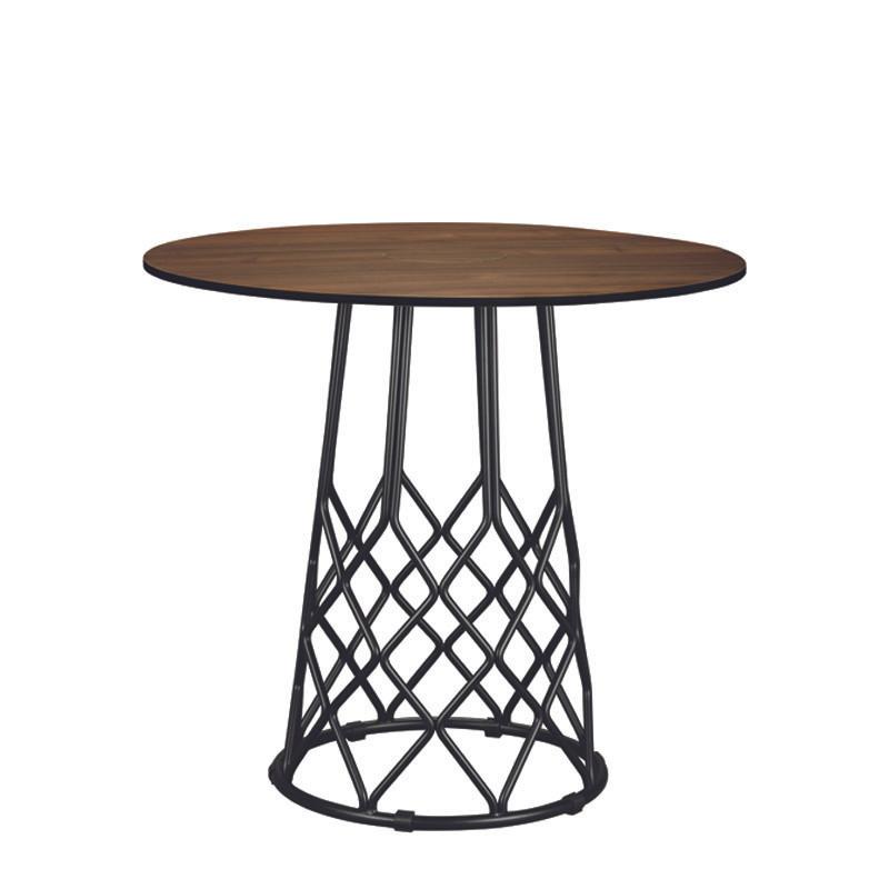 Kanpai round table (1)