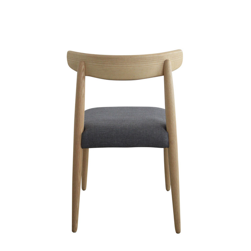 Tribute chair (4)