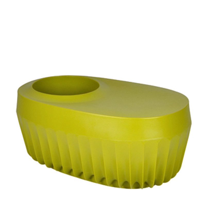 Fin vase with seat (1)