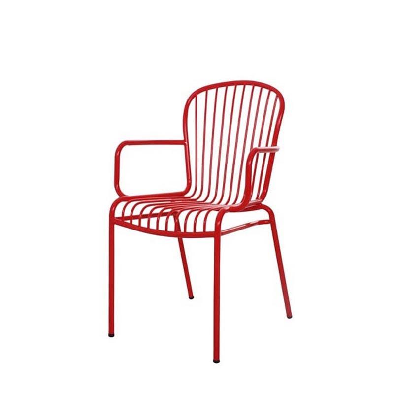 Wins arm chair (1)