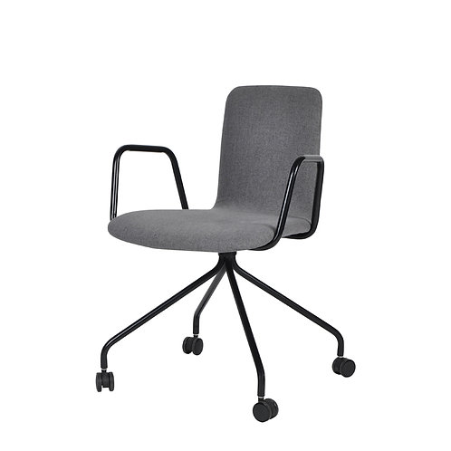 Zeat arm chair with wheel (1)