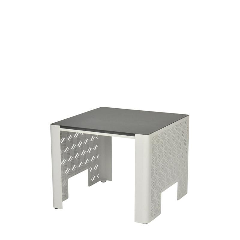 Kumi side table (3)