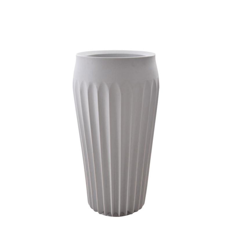 Fin vase tall (1)