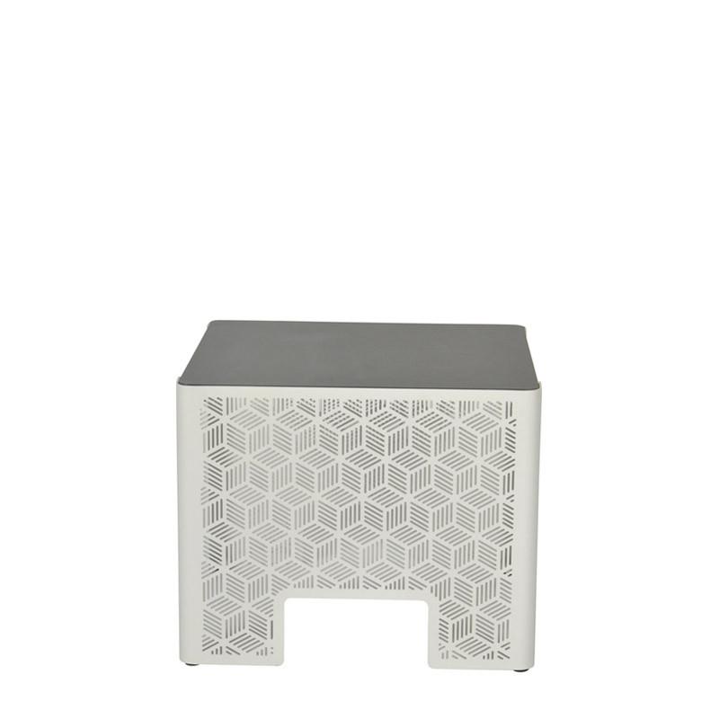 Kumi side table (2)