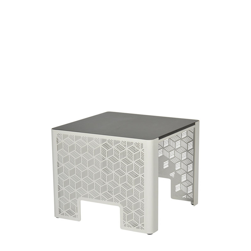 Kumi side table (1)