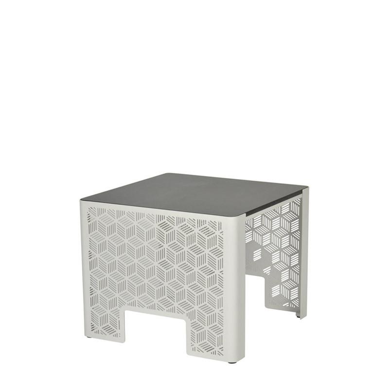 Kumi side table (1)