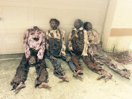 HHN 26 Mummified Bodys