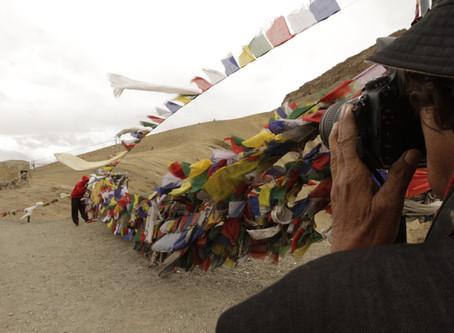 攝影家的視界:紀錄片《印度之眼:拉格雷》與《薩爾加多的凝視》