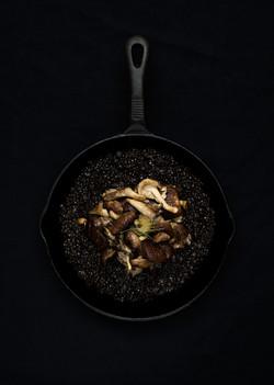 Black lentils with wild mushrooms