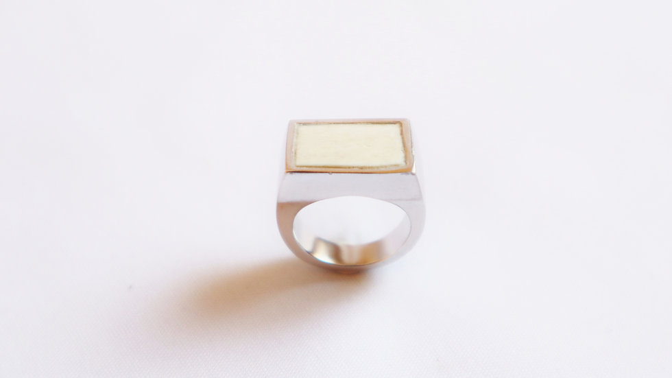 horn square RING
