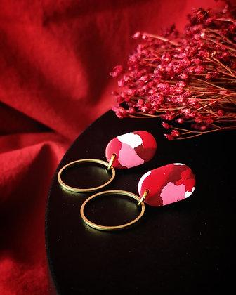 Puces Terrazzo Rouge Rose et Blanc et anneau en laiton
