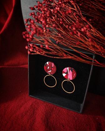 Puces Rondes Roses et Rouges et anneau en laiton