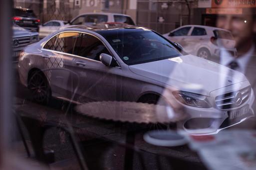 Mercedes spiegelt sich Fotograf Lifestyle
