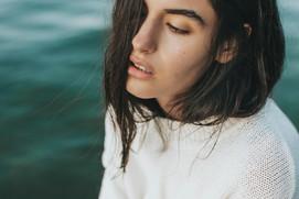 Frau am Wasser Portraitshooting