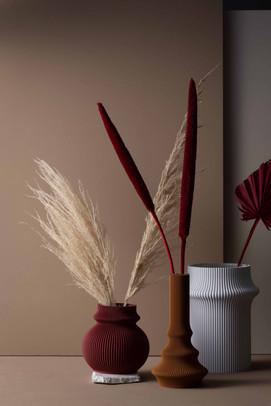 Blumen Vasen rot Stillleben