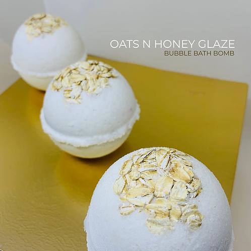 Oats n Honey Glaze Bubble Bath Bomb