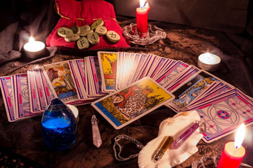 Practical Magick: The Art Of Occult Divination