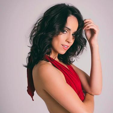 Nay Fernandes | Bailarina | Atriz