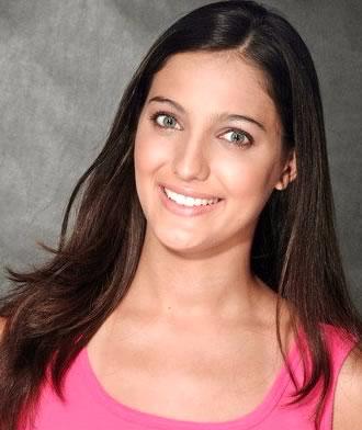 Marília Queiroz | Bailarina