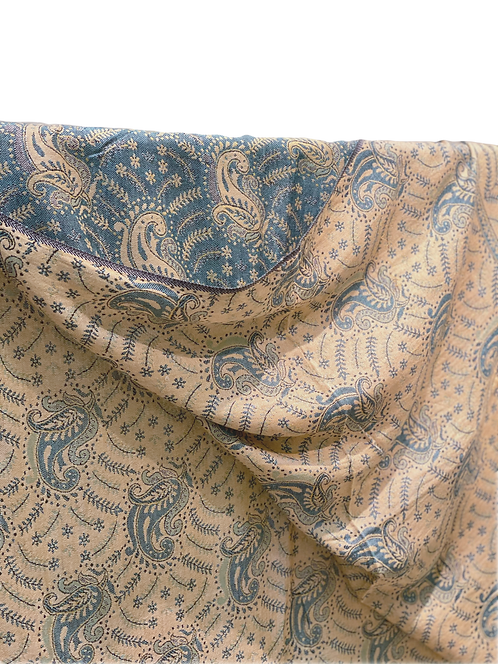 Double-B Viscus Scarf