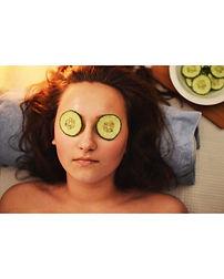 Ansiktsbehandling med kun økologiske produkter